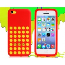 Coque Perforée en silicone Rouge - iPhone 5C